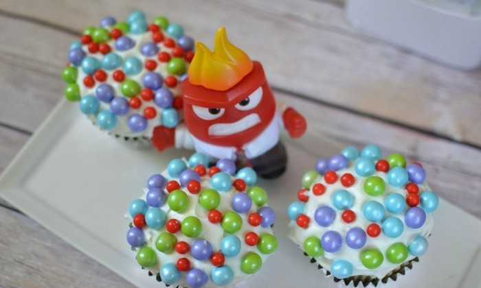 "Disney•Pixar's Inside Out ""Core Memory"" Cupcakes + Exclusive Deleted Scene! #insideoutbloggers"