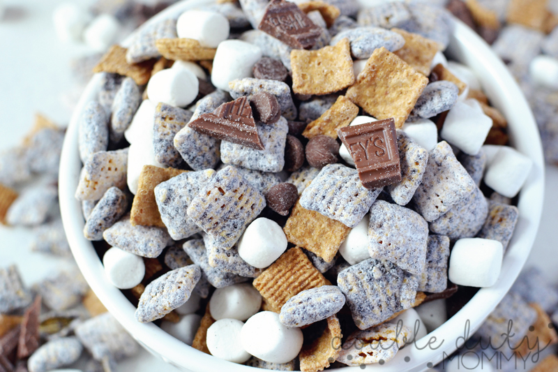 """S'Mores """"Puppy Chow"""" Mix! - Double Duty Mommy"""